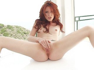 Women peeing while being fucked