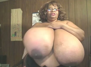big tittys girls naked and wet yong